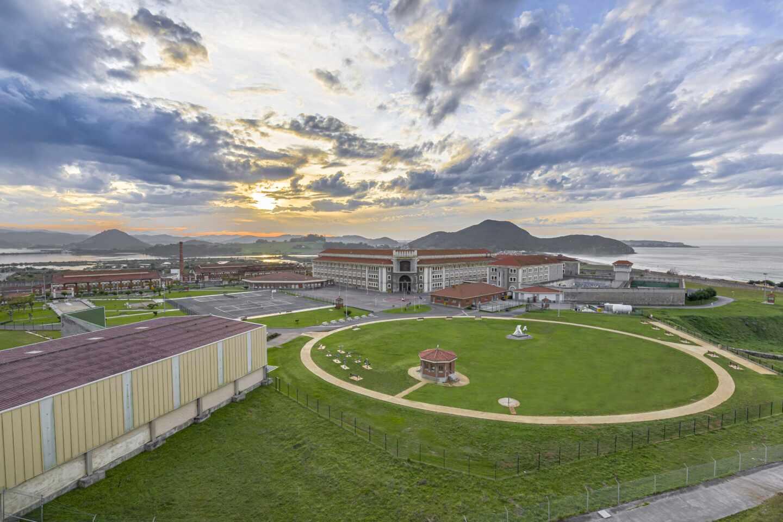 Centro penitenciario de El Dueso, en la localidad cántabra de Santoña.