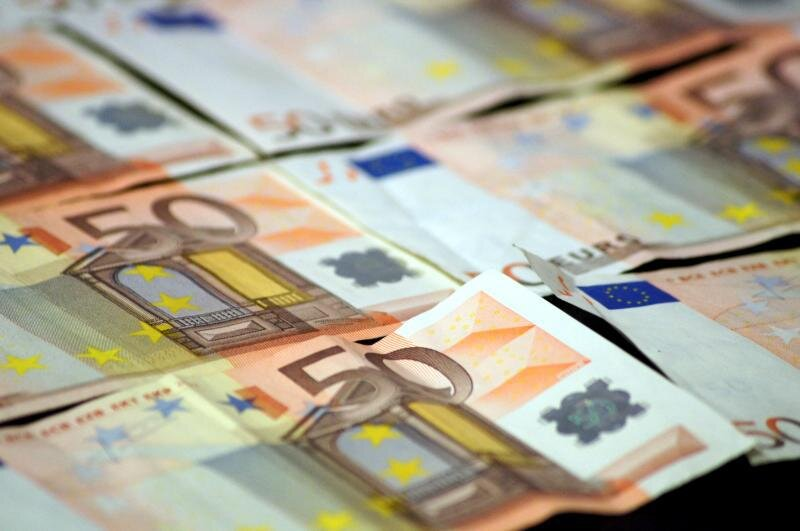 En peligro el comercio en España por la limitación de los pagos en efectivo a 1.000 euros