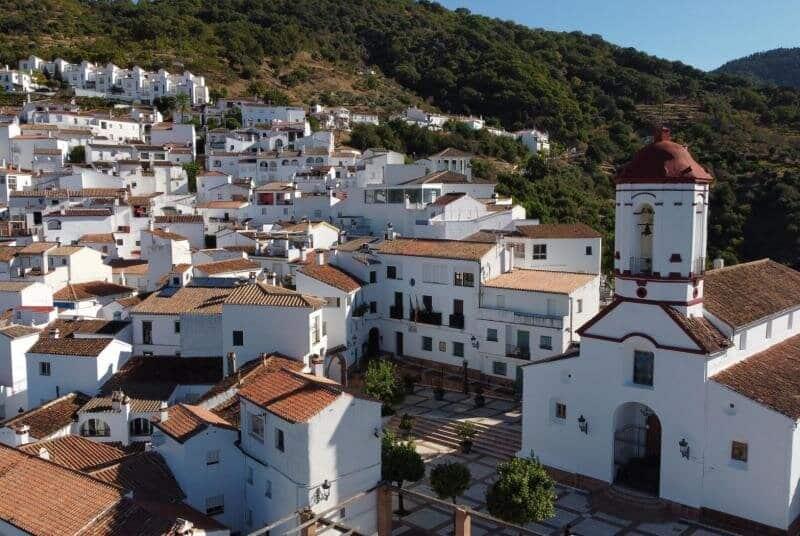 Estos son los 11 pueblos más bonitos de España genalguacil malaga andalucia