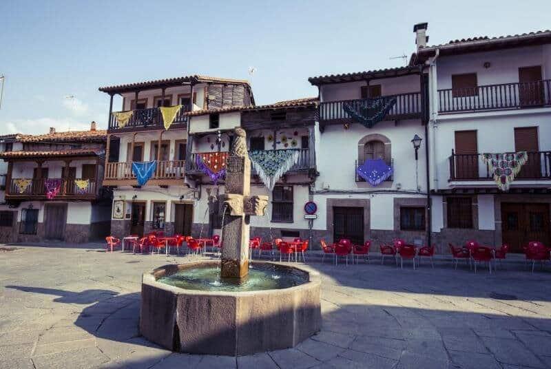 Estos son los 11 pueblos más bonitos de España valverde de la vera caceres extremadura