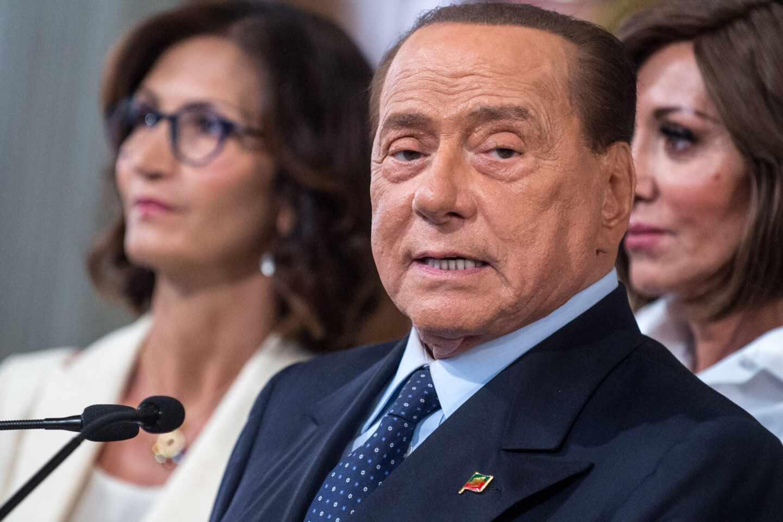El tres veces primer ministro italiano y eurodiputado Silvio Berlusconi.