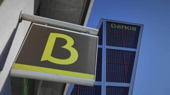 Sucursal y sede de Bankia en las torres Kio, en Madrid.
