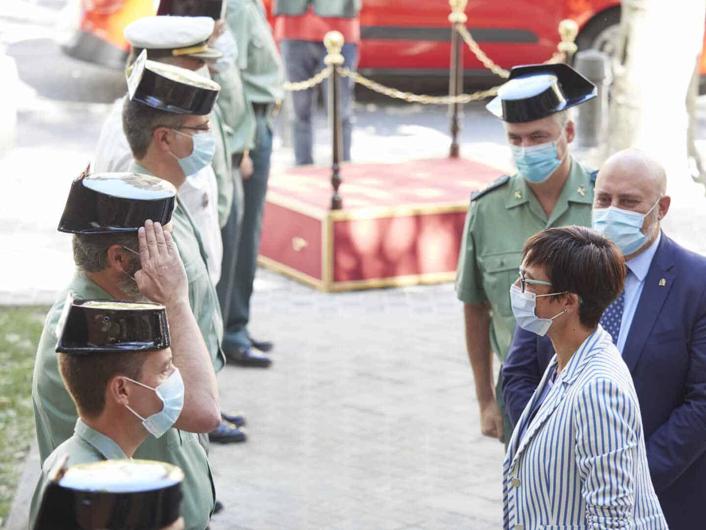 La directora general de la Guardia Civil, María Gámez, en su visita a la comandancia de Navarra.