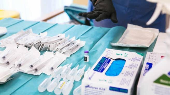 Pfizer aumentará el suministro el 15 de febrero tras retomar el envío de vacunas a la UE
