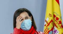 Margarita Robles exige explicaciones al JEMAD tras conocer que ha recibido la vacuna