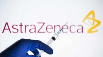 Un responsable de la EMA confirma la relación entre la vacuna de AstraZeneca y las trombosis
