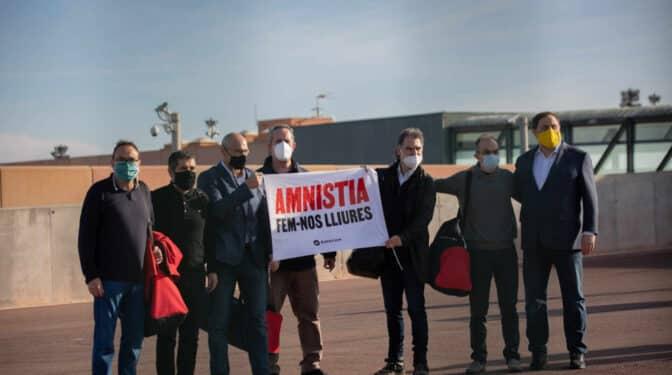 Reunión en prisión de Aragonés, Junqueras y Jordi Sánchez para desencallar el Govern