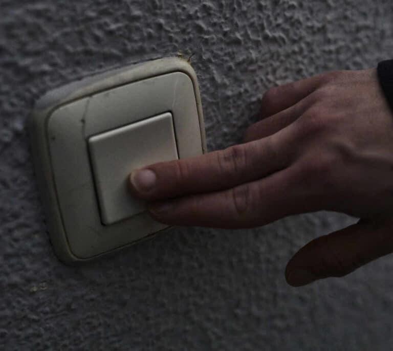 España tendrá este miércoles el segundo precio de la luz más caro de la historia