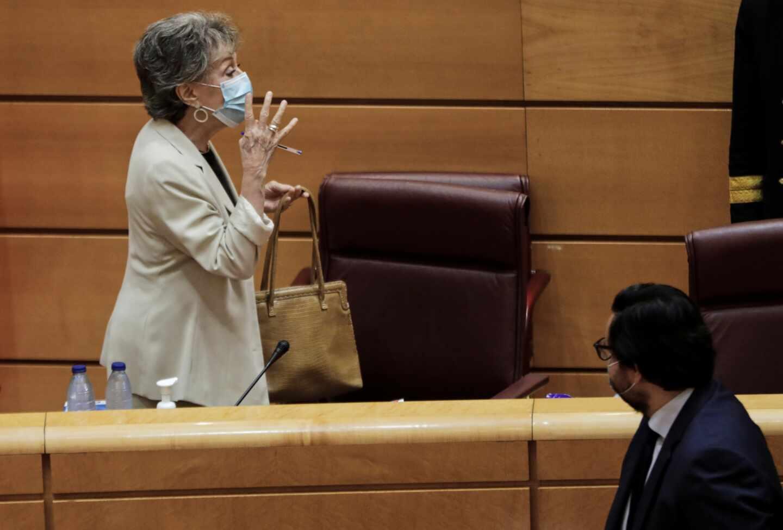 La administradora única de RTVE, Rosa María Mateo, en una comparecencia en el Senado.