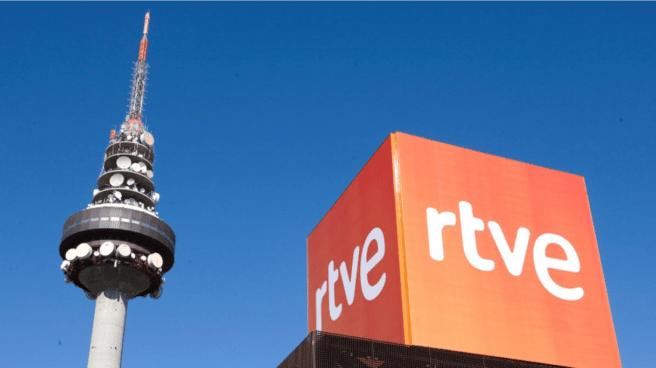Instalaciones de RTVE en Madrid, con su característica torre ('Pirulí').
