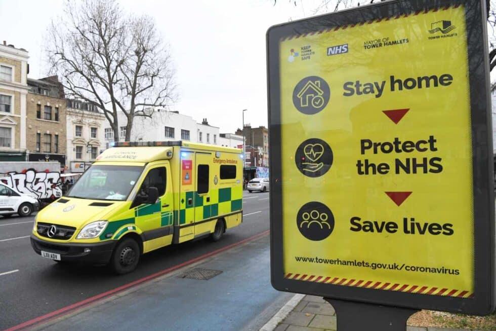 Reino Unido suma 100.162 muertos por Covid, primer país europeo en superar esta barrera