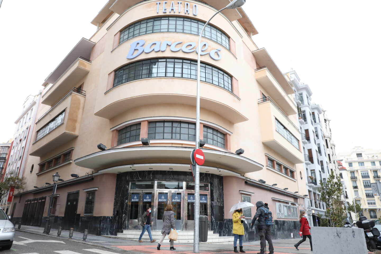 Teatro Barceló se disculpa tras las imágenes de personas de fiesta sin mascarilla ni distancia