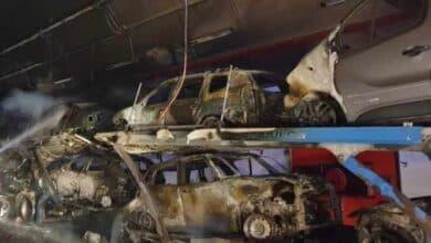 VÍDEO | Un camión incendiado obliga a cortar un túnel de la A-52 en Pontevedra