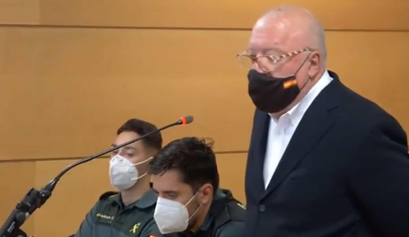 El comisario Villarejo, en el juicio por la querella que le interpuso el ex director del CNI Félix Sanz Roldán.