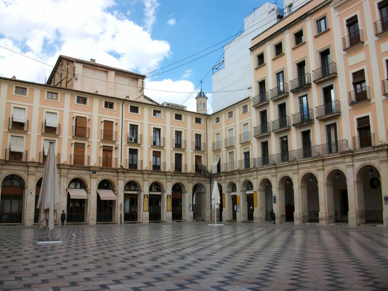 Plaza de Dins (Alcoy).