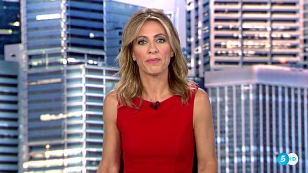 Ángeles Blanco, presentadora de Informativo Fin de Semana de Telecinco.