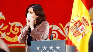 """Ayuso: """"Madrid vacunará con todos los medios disponibles públicos y privados"""""""