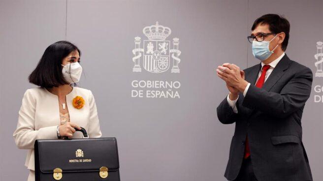 Carolina Darias y Salvador Illa, en el acto de traspaso de la cartera de Sanidad.