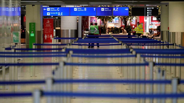 El aeropuerto internacional de Frankfurt, vacío