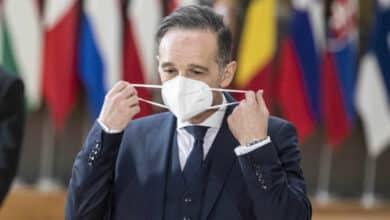 Un ministro alemán propone levantar restricciones a los ya vacunados