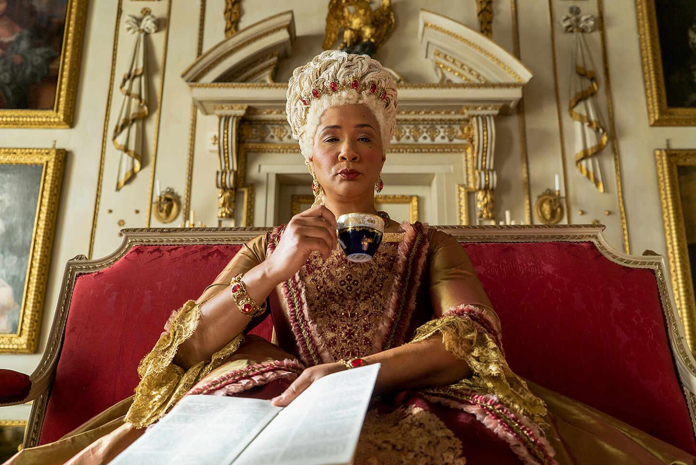 La Reina Charlotte en 'Los Bridgerton', interpretada por Golda Rosheuvel.