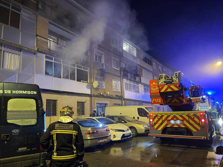 Incendio en una vivienda de Alcalá de Henares, Madrid.