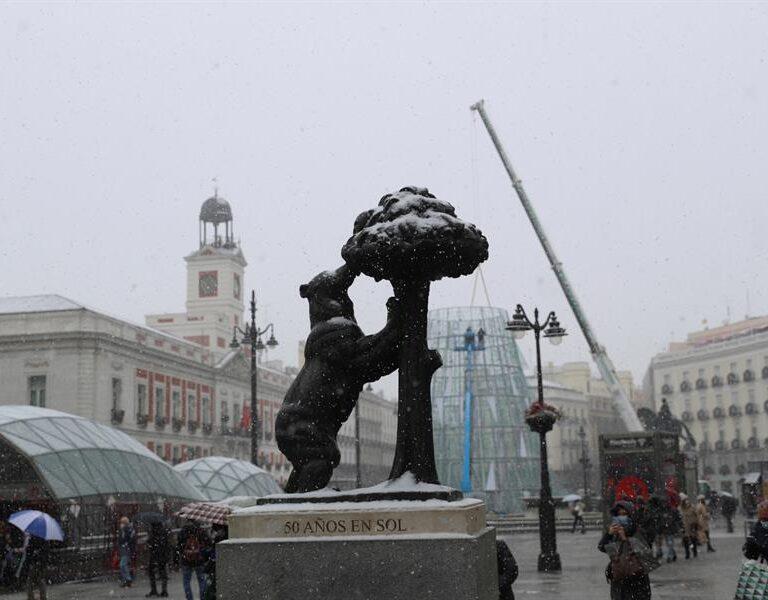 Galería | Las mejores imágenes de los monumentos de Madrid cubiertos de nieve