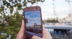 Las 'telecos' no cobrarán el 'roaming' a los turistas que viajen a Reino Unido