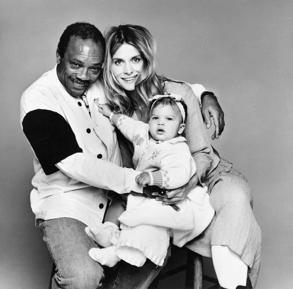 Quincy Jones con Nastassja Kinski (su pareja entre 1991-1997) y su hija Kenya.