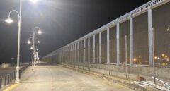 Casi 100 inmigrantes irrumpen durante la madrugada en Melilla