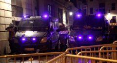 Agentes de la Policía Nacional durante una manifestación por la libertad de Pablo Hasel.
