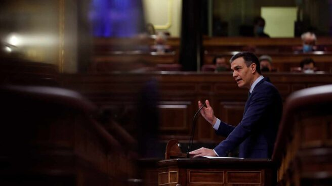 El presidente del Gobierno, Pedro Sánchez, interviene este miércoles durante la sesión de control en el Congreso de los Diputados.
