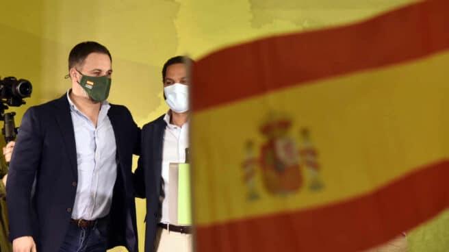Elecciones en Cataluña: Santiago Abascal e Ignacio Garriga, el candidato de Vox.