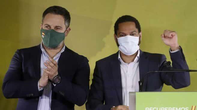 Santiago Abascal e Ignacio Garriga, tras las elecciones en Cataluña.