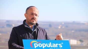 Alejandro Fernández, el protagonismo del outsider en la insulsa campaña catalana