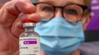 Sanidad investiga tres casos de trombosis tras la vacunación con Astrazeneca