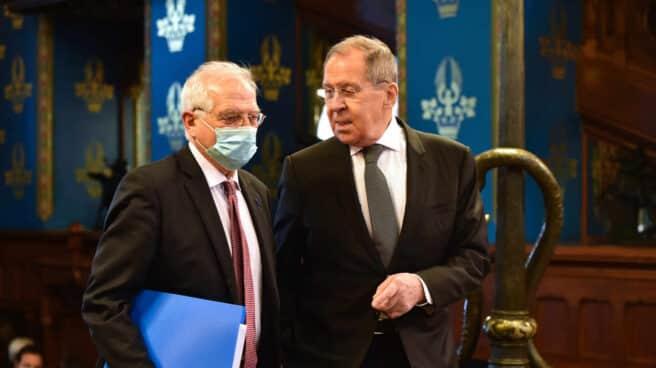 Sergei Lavrov y Josep Borrell, en Moscú.