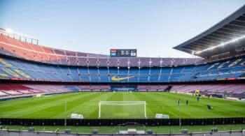 Del Camp Nou a una plaza de toros: España busca megaespacios para la vacunación masiva