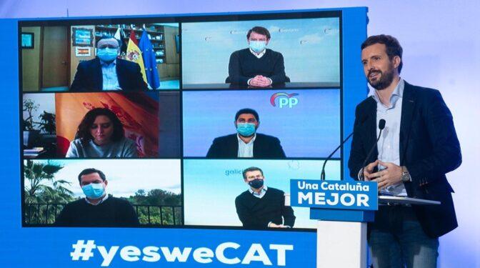 Vox centra la campaña en Cataluña y arrincona a un PP castigado en las encuestas