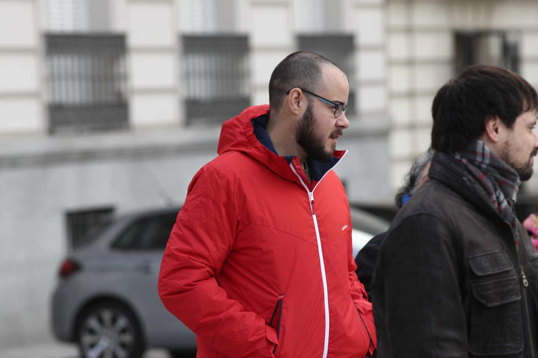 El rapero Pablo Hassel yendo a declarar en la Audiencia Nacional