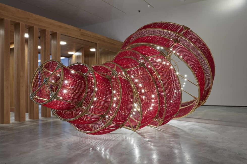 Descending Light (2007), Ai Weiwei.