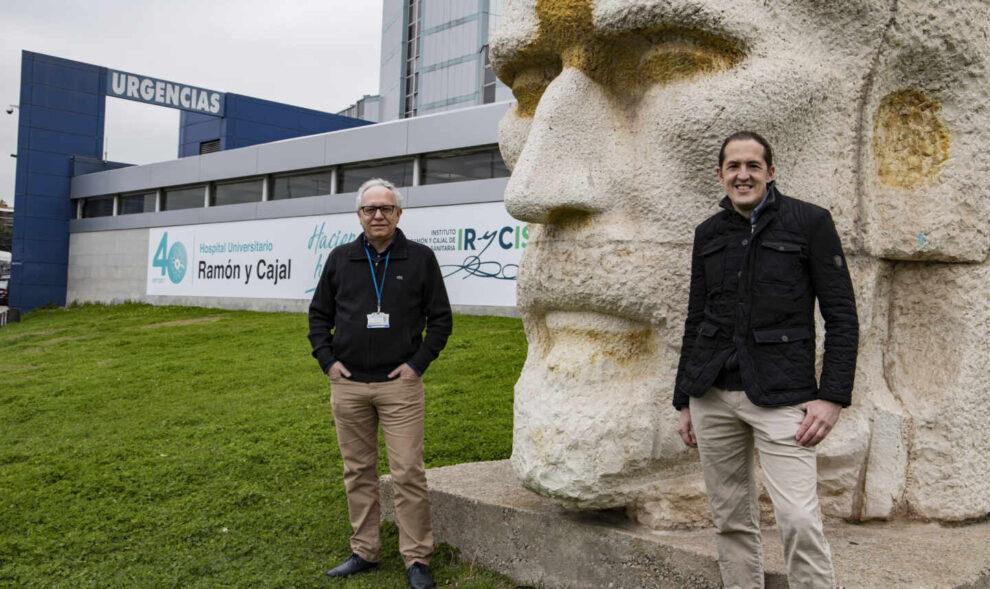 Jesús Villarubia, hematólogo del Hospital Ramón y Cajal, junto a Daniel de Vicente, paciente suyo por el Déficit Esfingomielinasa Ácida
