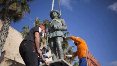Un juez ordena al Gobierno de Melilla que custodie la estatua de Franco