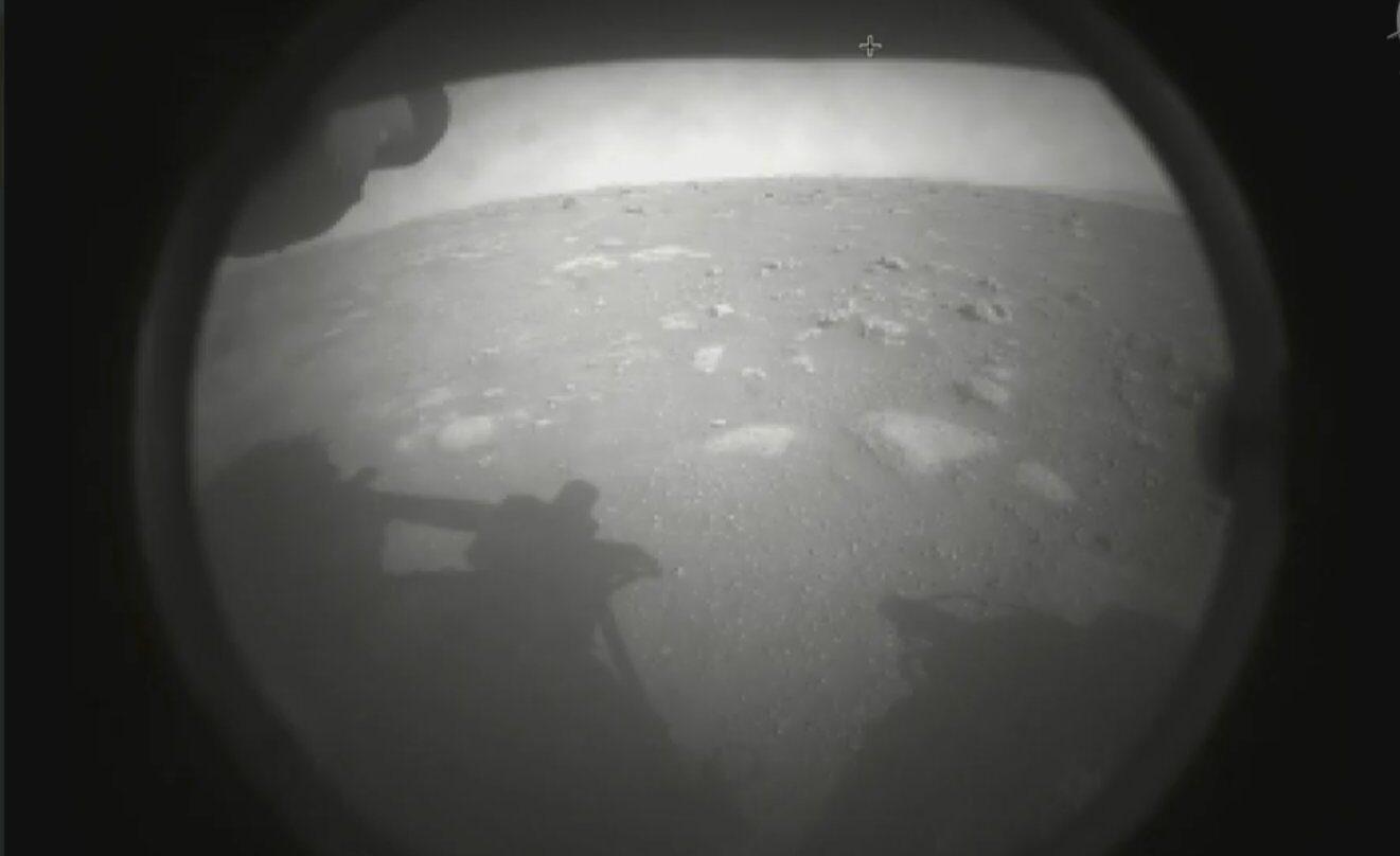 Imagen enviada por el rover Perseverance desde Marte.