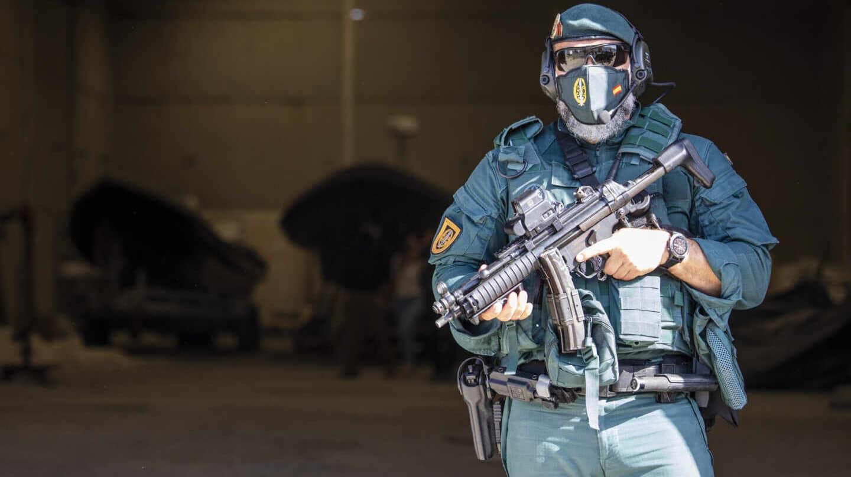Más de 400 efectivos de la Guardia Civil y agentes de Aduanas participan en diferentes localidades de Huelva en el mayor operativo contra el narcotráfico llevado a cabo en la provincia hasta la fecha.