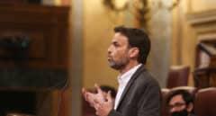 """Podemos asegura que Felipe VI tendrá que firmar los indultos, """"si no debería abdicar"""""""
