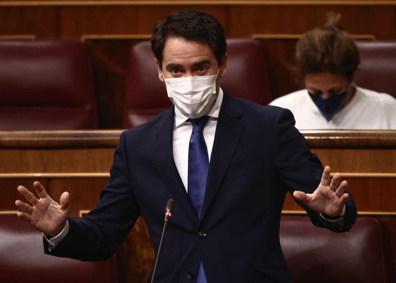 El secretario general del Partido Popular, Teodoro García Egea, durante una sesión de Control al Gobierno celebrada en el Congreso de los Diputados, en Madrid