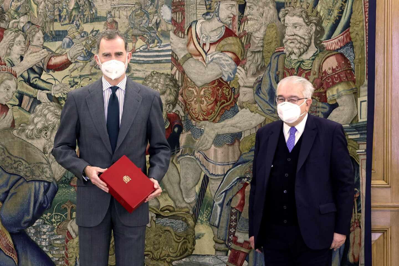 El rey Felipe recibe en audiencia al presidente del Tribunal Constitucional