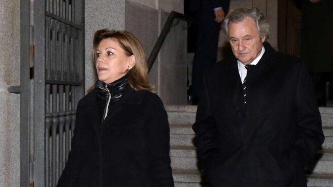 La ex ministra María Dolores de Cospedal y el empresario Ignacio López del Hierro.