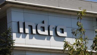 Indra eleva un 16% su cartera y baja deuda a mínimos de 10 años